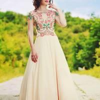 Fashion Weekend 2015: Mallena - arta de a combina modernul cu folclorul