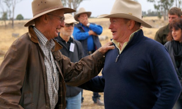 A crash course in CSG's courtship of farmers: @Thom_Mitchell reports from #Pilliga #leardblockade
