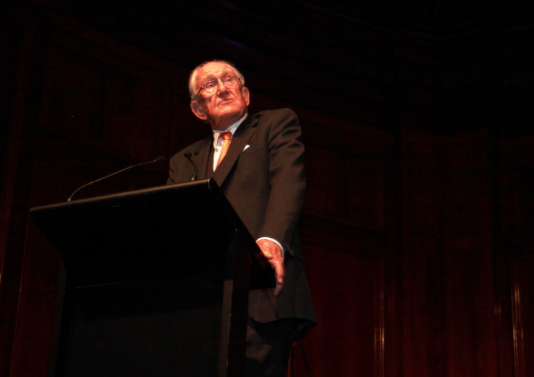 Malcolm Fraser calls for young people to create new political parties. Photo: Wayne Jansson