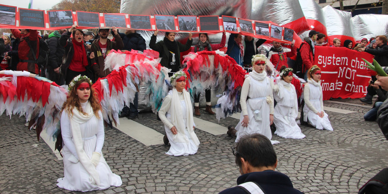 Australian Climate Angels  at the redline for climate justice in Paris