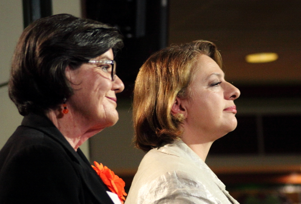 McGowan and Mirabella listen to Jacky's question. Photo: @Jansant