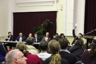 Wills2016 climate debate with 8 of 9 candidates. Hands up which party has a negative emissions policy Photo: John Englart