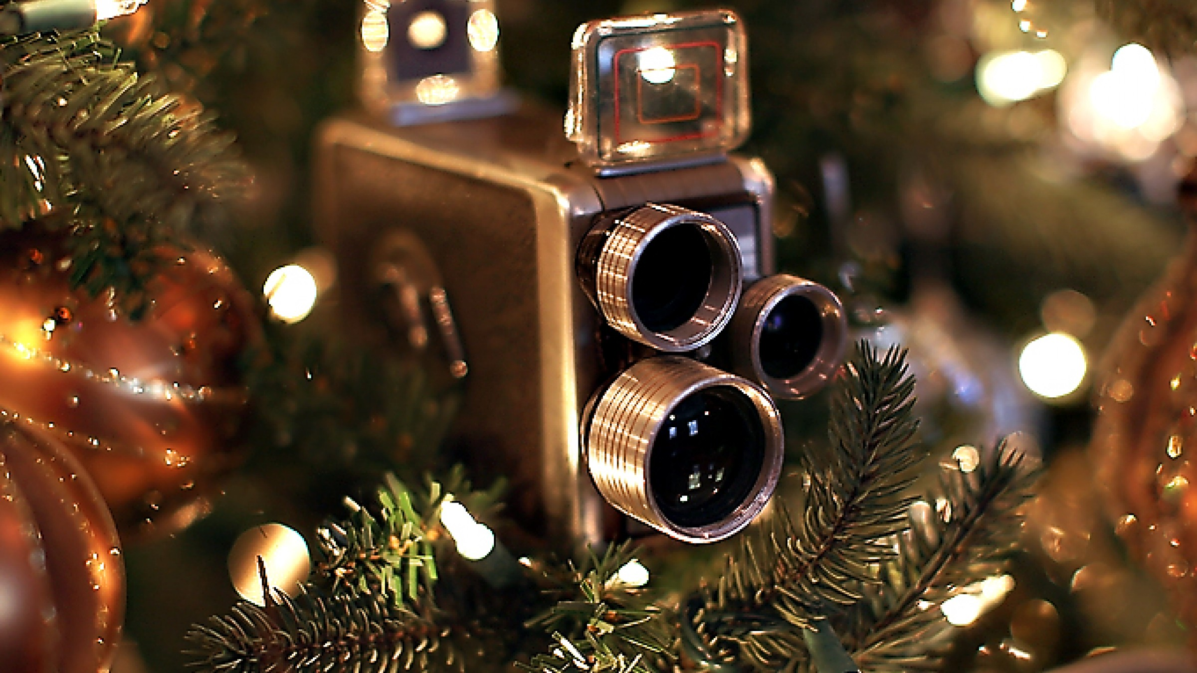 Last Minute Holiday Gift Guide For Filmmakers