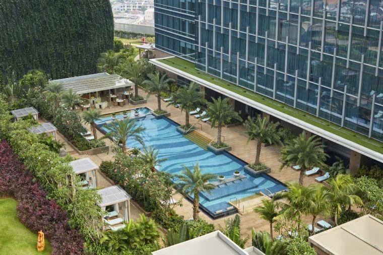 Raffles Jakarta Swimming Facilities