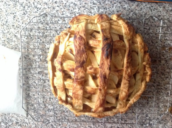 Tasty looking apple pie!