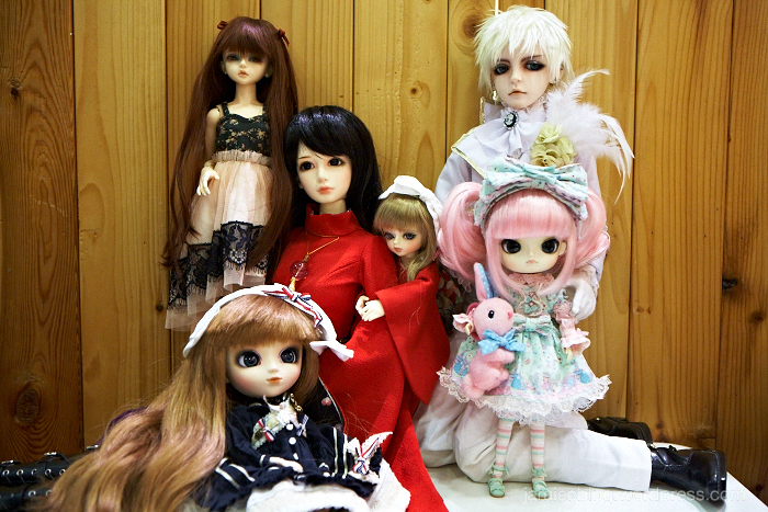 doll meet, group photo