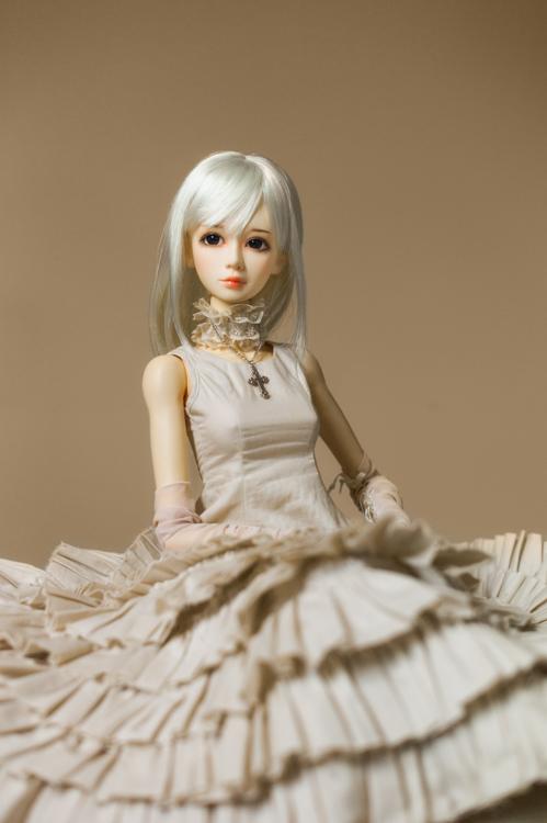 Domuya Faith, Dollheart antique lace fer, portrait
