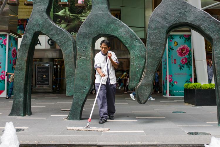 Street Photography Leica 35mm Summilux Singapore Jamie Chan