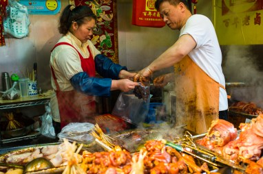 Qi Bao, Shanghai, Jamie Chan, No Foreign Lands, Travel Blog, food street, leica, meat, pig trotters
