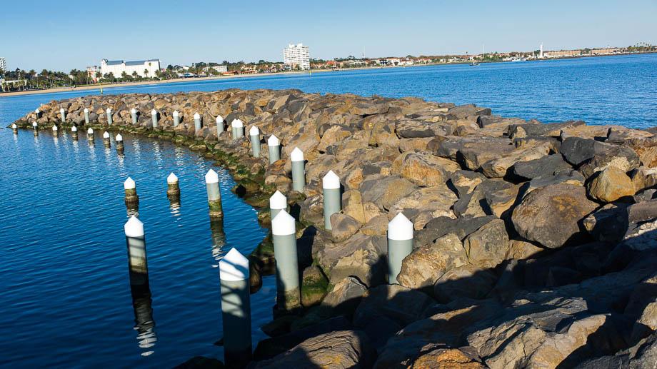 Melbourne, Leica, Blogger, Jamie Chan, No Foreign Lands, St Kilda, Beach, Blue, breakwaters