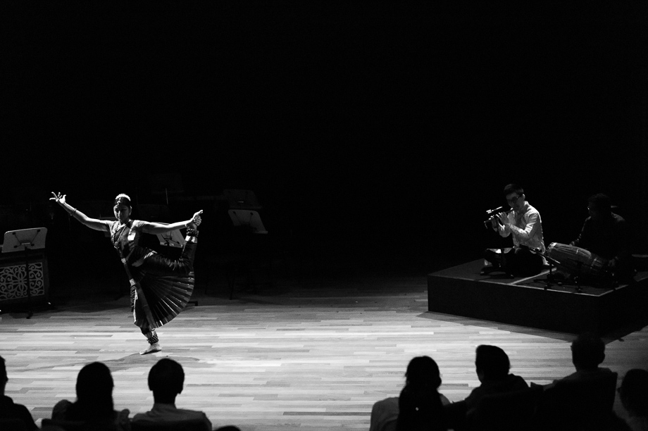 Tan Qing Lun, Indian Dancer, Bho Shambo, Dance, ASEAN, NAC Scholarship, Jamie Chan, Leica, Monochrom
