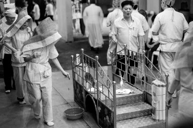 Chinese Funeral, Singapore, Traditions, Leica, Jamie Chan, Photography, black and white