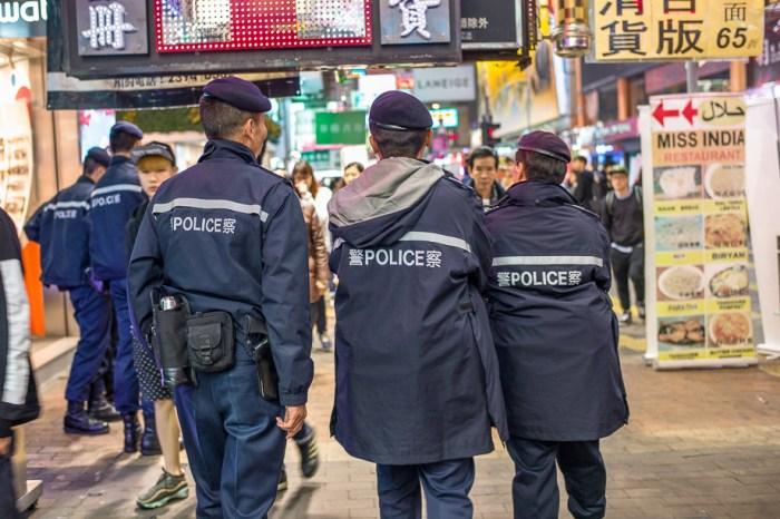 umbrella movement, yellow umbrella, Hong Kong, Protest, Leica, Jamie Chan, police presence