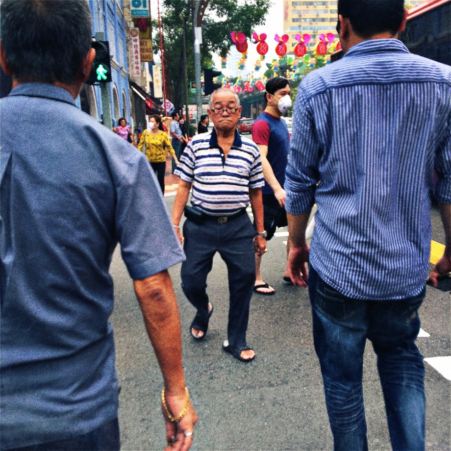 Street photography, No Foreign Lands, Iphone, Hipstamatic, Jamie Chan, Travel, Singapore, Old Man, Walk
