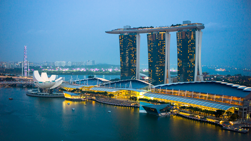 Singapore for Absolute Beginners - Guest Post by Tommy Birn