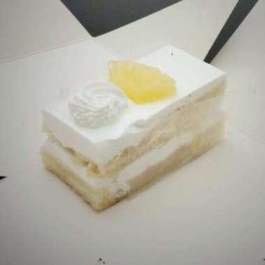 Egg-less Pineapple cake