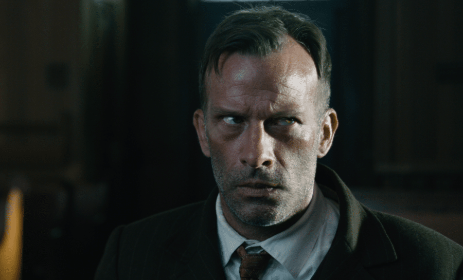 [TRAILER] 1922, Another Gritty Stephen King Adaptation Hitting Netflix!