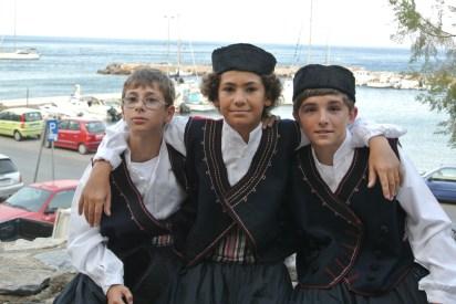 Niko, Elias, and Elias