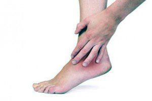 Как снять гипс с ноги в домашних условиях