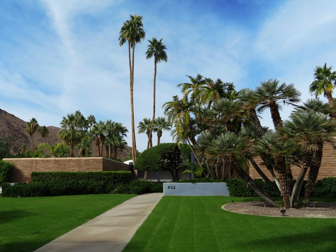 Leonardi DiCaprio's house palm springs