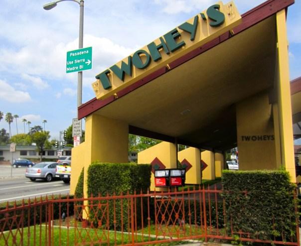 Twohey's