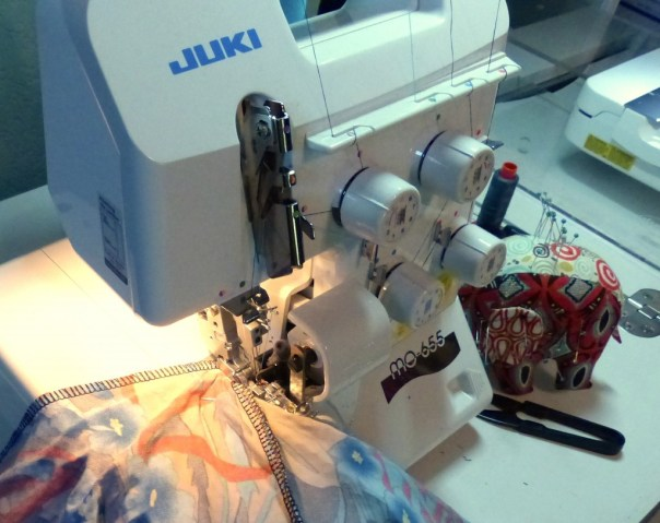 Juki serger, 5 thread MO-655