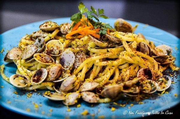 Spaghettoni con vongole bottarga e zest di arancia-16