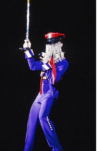 Performing at the 4 Bill Graham Civic Auditorium, in San Francisco, 1993