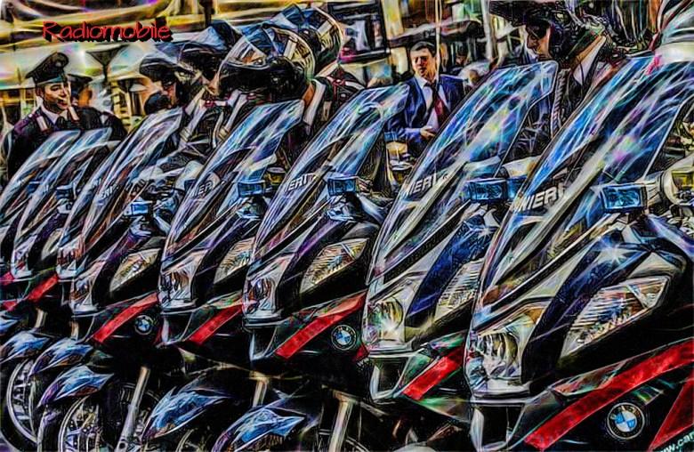 CARABINIERI: NUOVE MOTO BMW DEL NUCLEO RADIOMOBILE