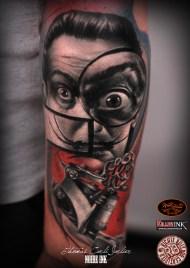 Dali vs Tattoo Machine