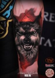 wolf tattooddd