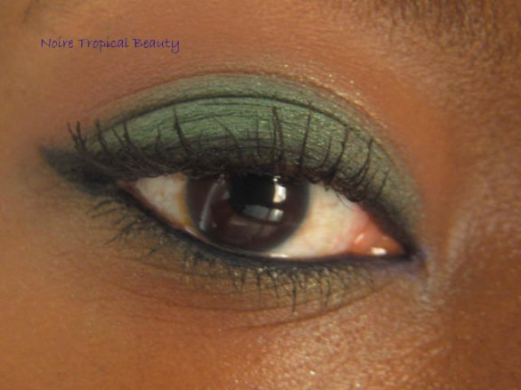 Slightly smoked out green look using Emerald