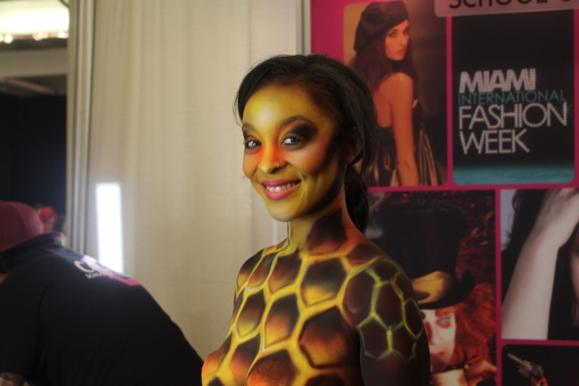 the makeup show nyc cosmix honey bee 1
