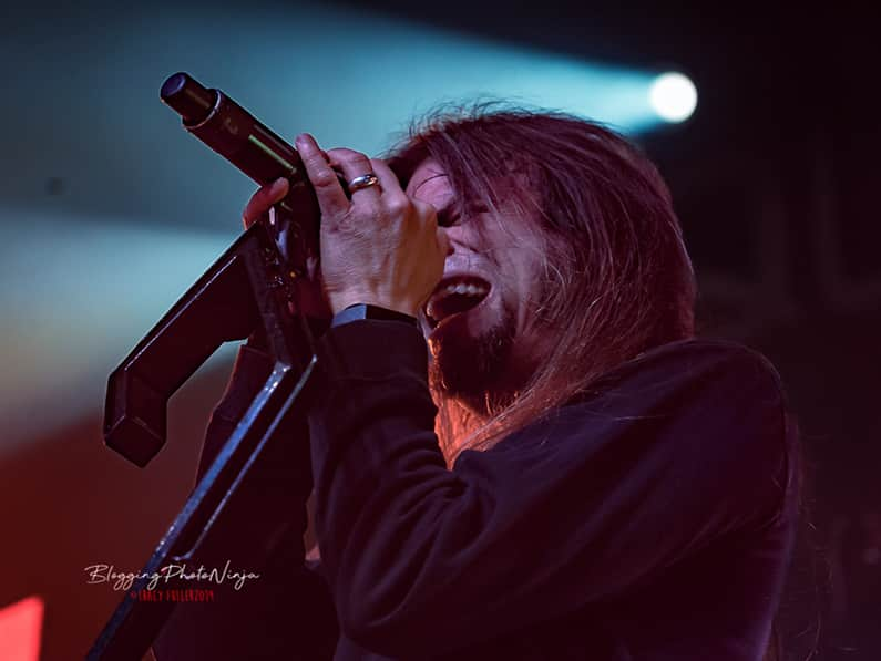 Queensryche & John 5 Take Over Emos With Iconic Performance!