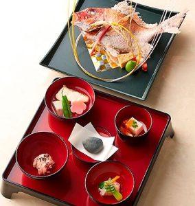 千羽鶴のお食い初め膳の画像