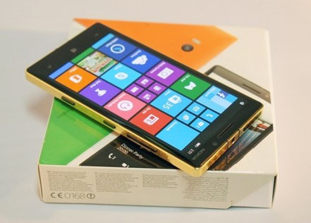 24K-gold-plated-Lumia-930