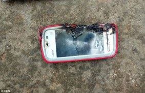 Nokia 5233 exploded front
