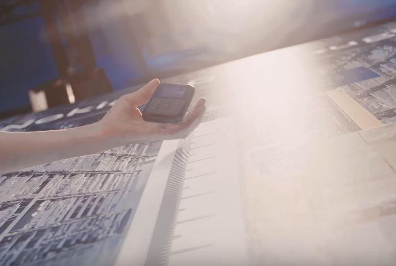 Video: Nokia Mobile'ın ürün pazarlama yöneticileriyle yeni Nokia cihazlarına eller 2