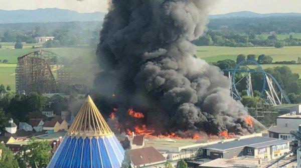 (ФОТО) В Германии загорелся парк развлечений - nokta