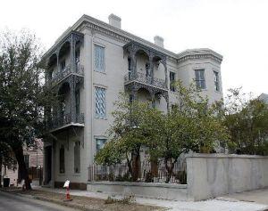 The restored Whann-Bohn house - pinterest.com/prcnola