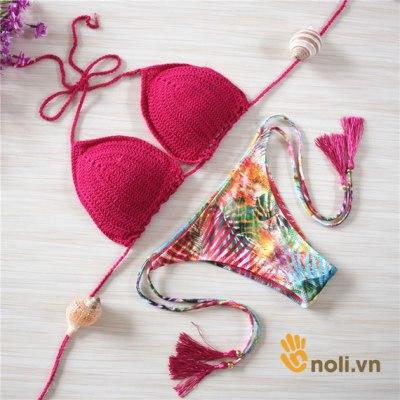 Bộ sưu tập bikini len móc làm xiêu lòng những cô nàng nóng bỏng