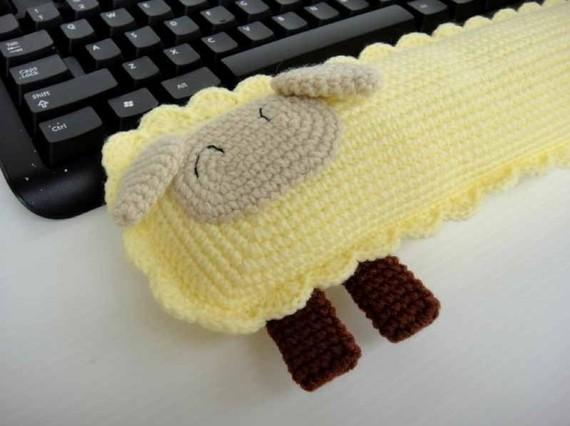 Học cách móc kê bàn phím và kê chuột hình con cừu