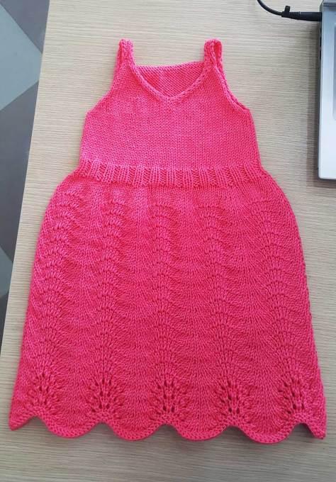 Chart đan váy bé gái của tác giả Dương Thị Hương Lan