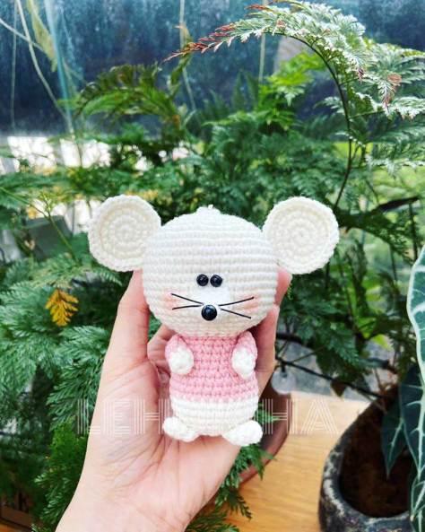 Hướng dẫn móc chú chuột của tác giả Kim Hạnh
