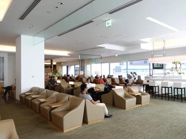 JAL サクララウンジ 成田空港