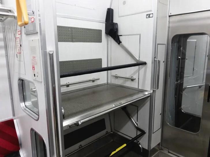 仙台空港アクセス線 スーツケース置き場