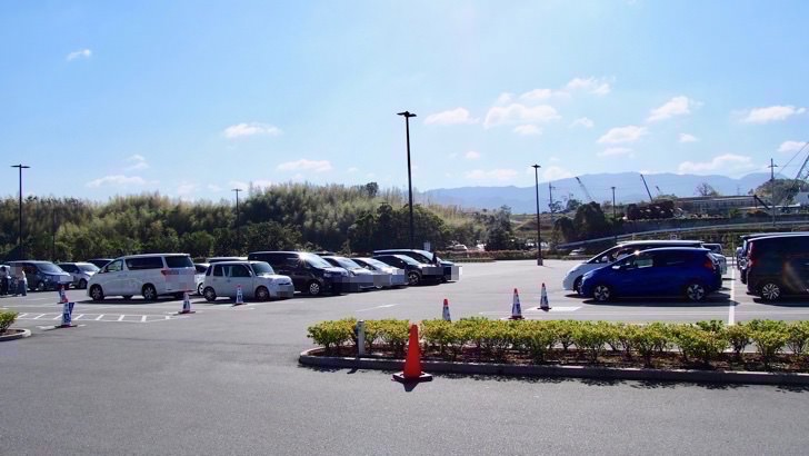 コストコの混雑を避ける方法(和泉倉庫店の開店前の駐車場の様子)