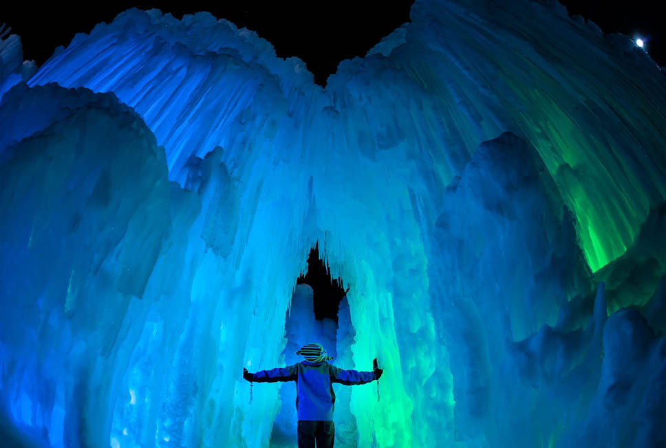 https://i1.wp.com/nomadesdigitais.com/wp-content/uploads/2016/02/Ice-Castles2.jpg