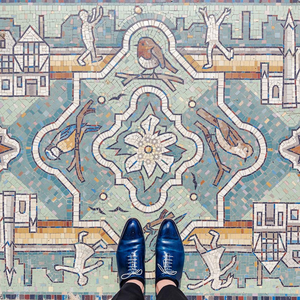 Sebastian-Erras-reveals-the-beauty-of-floors-in-London-577e7424e6e52__880
