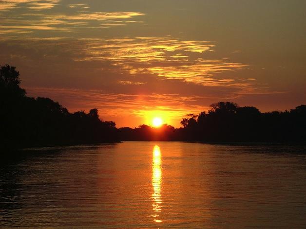 1024px-Pantanal_Sunset